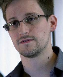Edward Snowden (Wikipedia)