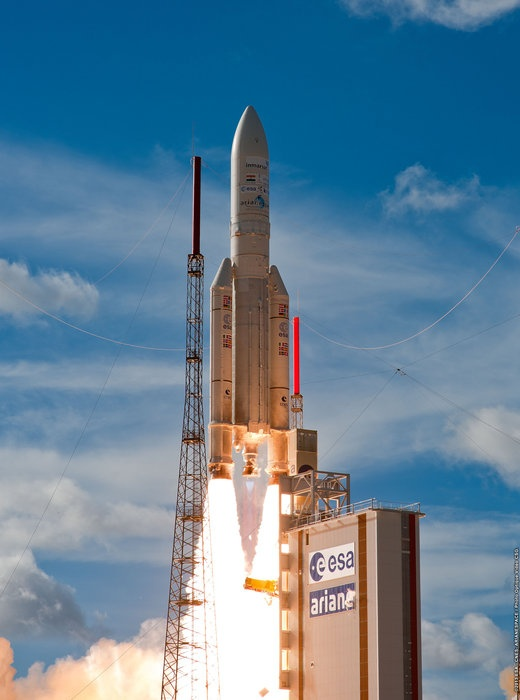 Ariane 5 ECA launch / ESA/CNES/ARIANESPACE-Optique Photo Video du CSG, 2013